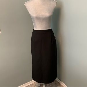 24K Trends black skirt size 18 with pockets